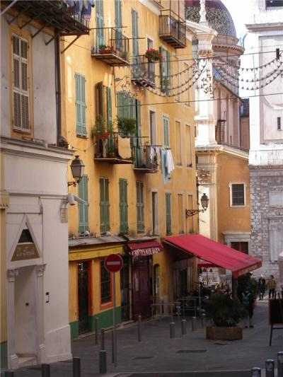 Vieux Nice Apartment Old Town - terraConnector.com